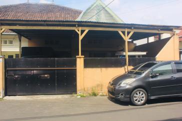 House for sale in Hasyim Ashari Malang